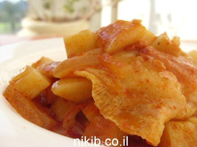 דג סול עם תפוחי אדמה ועדשים