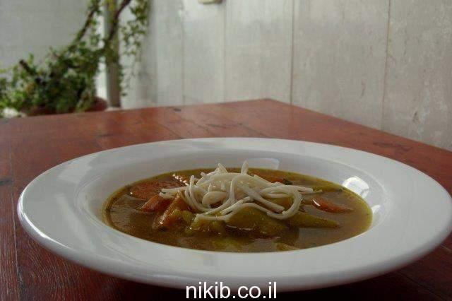 מרק ירקות עשיר