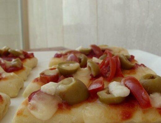 פיצה מקמח שיפון מלא