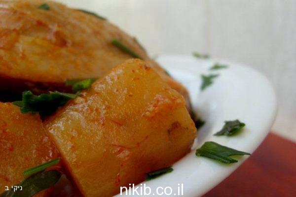 עוף עם תפוחי אדמה קליל וטעים