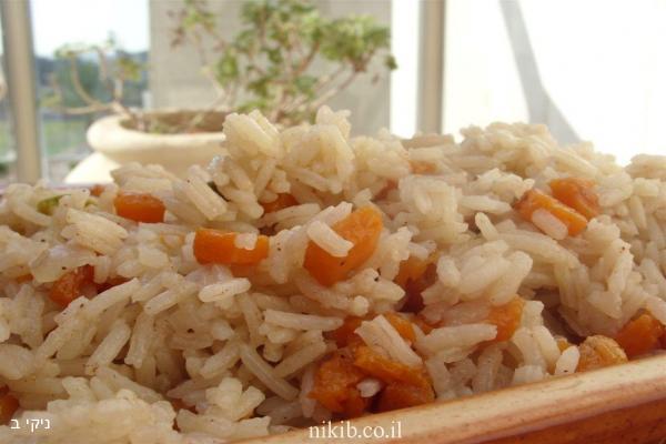 אורז עם דלעת ופיסטוקים